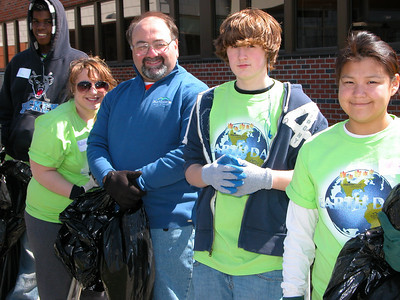 Earth Day Clean Up Volunteers Help Ready MCMH Campus for Spring