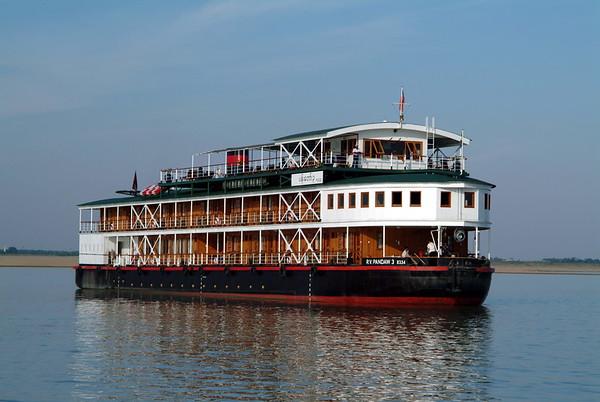 Ships - RV Tonle Pandaw