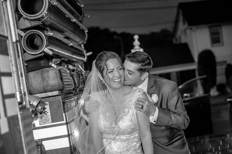 MRN_0878_Loriann_chris_new_York_wedding _photography_readytogo.nyc-.jpg.jpg