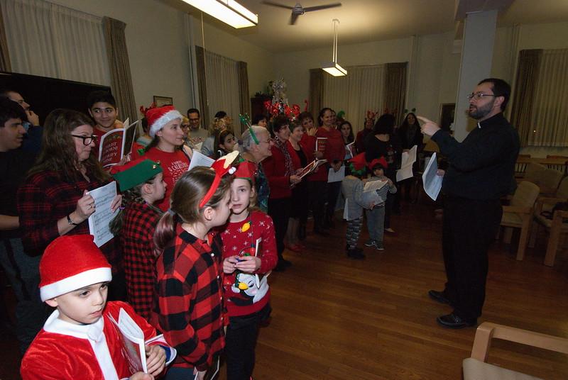 2018-12-19-Christmas-Caroling_022.jpg