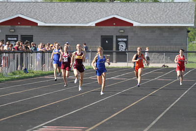 2013 MHSAA Highland Conference Girls 200 Meter