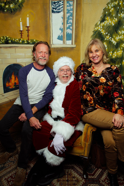 Pictures with Santa Earthbound 12.2.2017-143.jpg