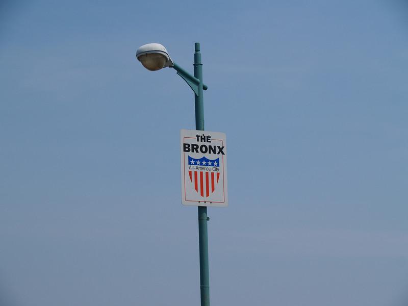 Bronx signpost