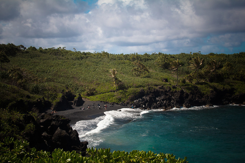 road to hana black sand beach.jpg