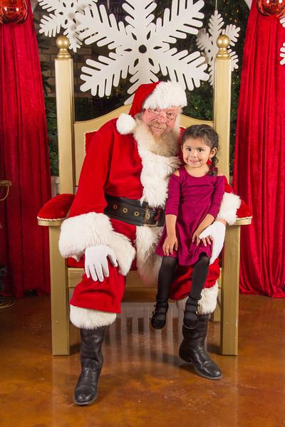 Santa 12-16-17-228.jpg