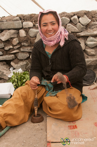 Ladakhi Woman, Spinning Wool - Markha Valley Trek, Ladakh