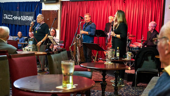 Rochdale Jazz Club -The Amy Roberts / Richard Exall Quintet