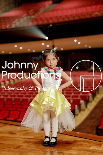 0016_day 1_yellow shield portraits_johnnyproductions.jpg
