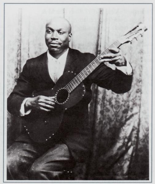 Charley Jordan circa 1930A.jpg