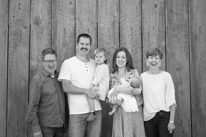 megan-family2018-75.jpg