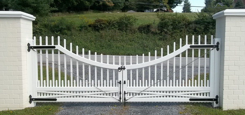 198 - 406769 - Salt Point NY - Westchester Driveway Gate