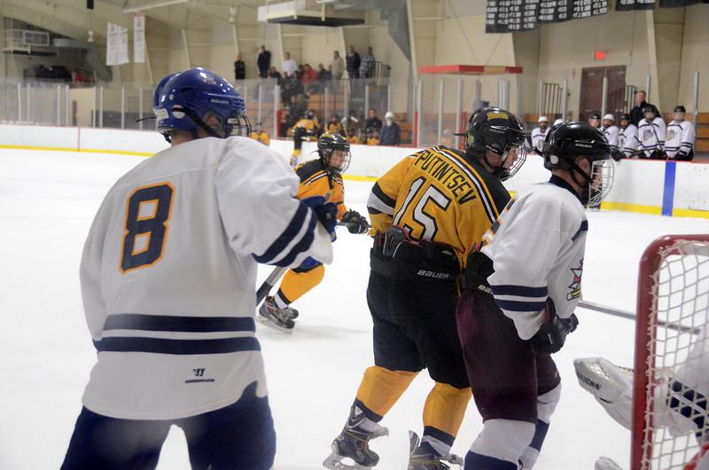 141004 Jr. Bruins vs. Boston Bulldogs-298.JPG