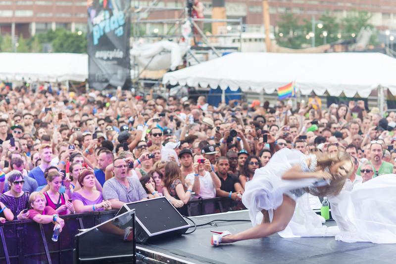 2013-06-30_NYC_Pride02_364.jpg