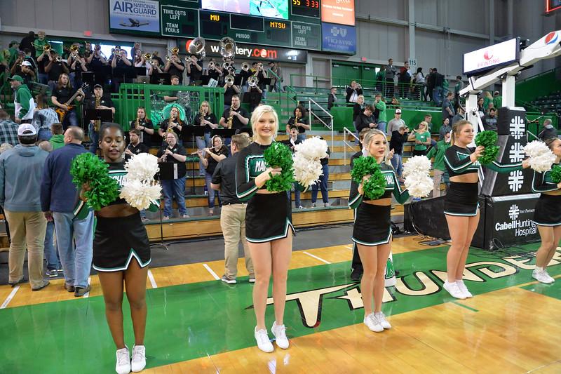 cheerleaders5155.jpg