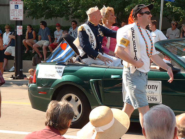 Pride Parade 2001-17.jpg