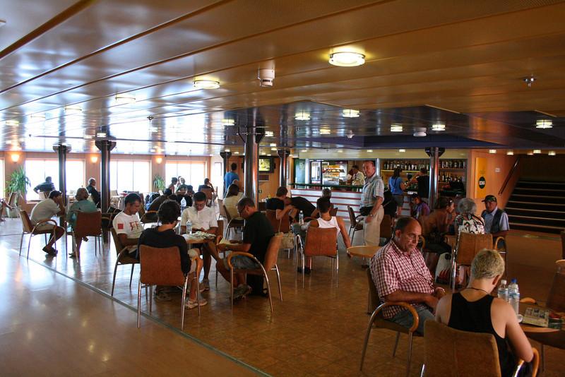 2010 - On board F/B IONIAN SKY : the bar lounge.