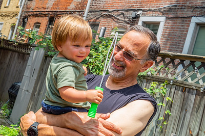 Burgers, Bubbles and Blueberries on Dad's Day