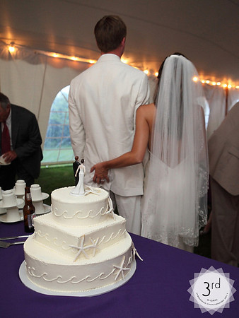 Wedding Challenge • 08/2011 • Cutting the Cake!