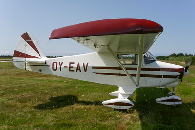 OY-EAV - Piper PA-22-108 Colt