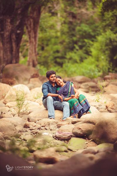 Rajapalayam-CoupleShoot-Varun+Raashmi-lightstory-02.jpg