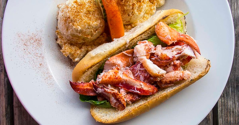 prince edward island lobster roll lobster barn fb.jpg