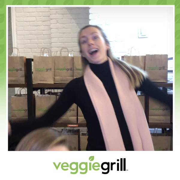 Veggie_Grill_Grand_Opening_boomerang_9.mp4