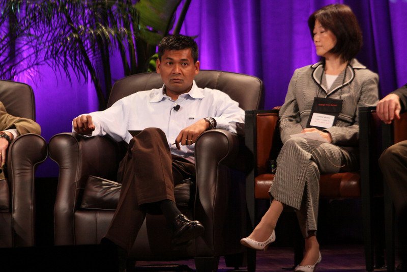 """""""HOTSPOTS II: Five Personal Views of the Future"""": Balan Nair, SVP and CTO, Liberty Global; and Connie Wong, CEO, Vidiator"""