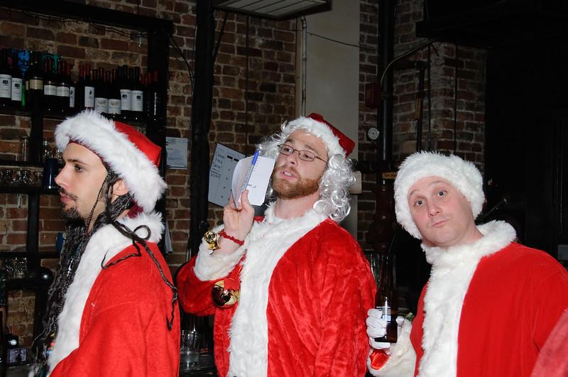 2009 ALS Santa Crawl-32.jpg