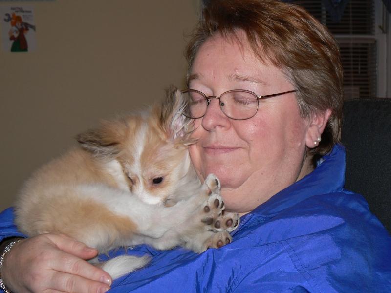 pawpile. Vanille loves her grandma!