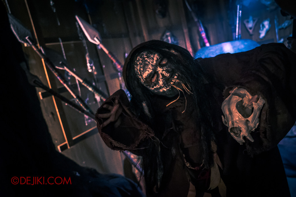 Halloween Horror Nights 7 Behind the Scenes: A Tour Inside HEX haunted house, Occult