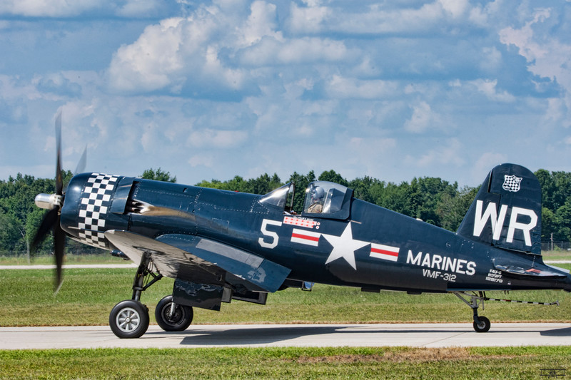 Chance Vought F4U-5 Corsair