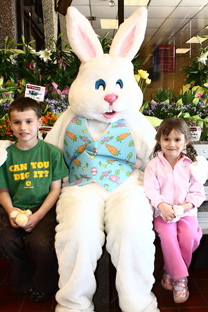 Hannaford Easter Bunny Kids