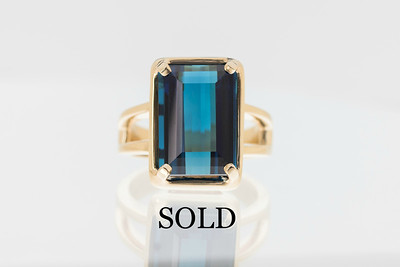 9.7ct Indocolite and Gold Ring