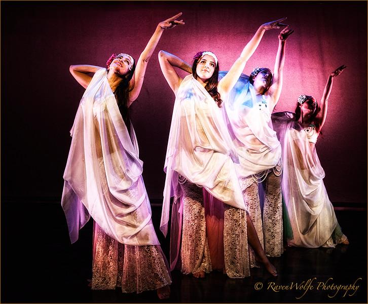 Sarah Sisters - RavenWolfe-10.jpg