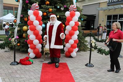 Mercato Wonka and Santa 2016