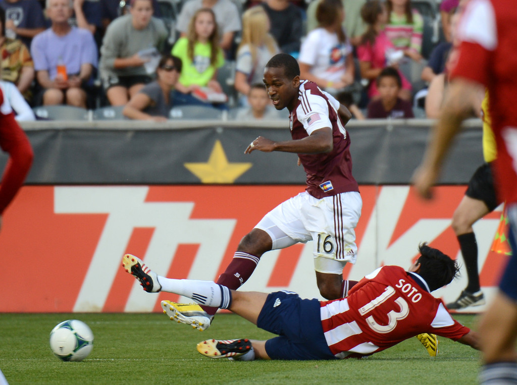 . COMMERCE CITY, CO. - MAY 25: Atiba Harris of Colorado Rapids (16) controls the ball against Josue Soto of Chivas USA (13) in the 1st half of the game at Dick\'s Sporting Goods Park. Commerce City, Colorado. May 25, 2013. (Photo By Hyoung Chang/The Denver Post)