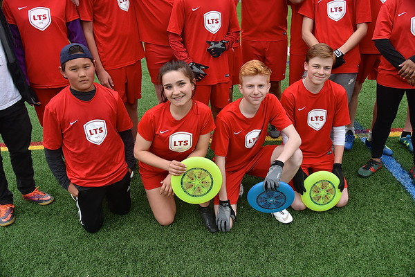 Meet The LTS Varsity Ultimate Team photos by Gary Baker
