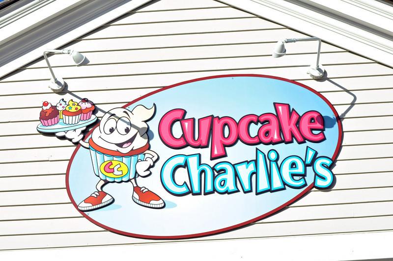 Cupcake Charlies 01.jpg