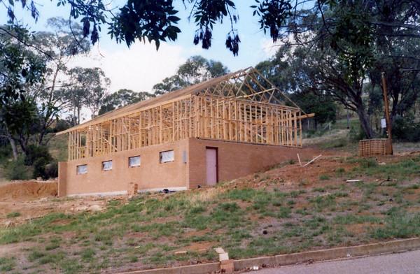 1982: Construction of 2AAA studios
