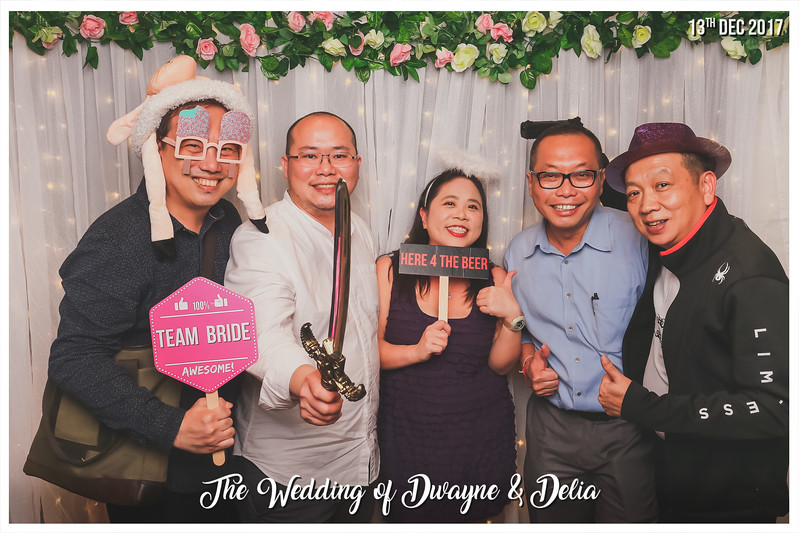 Wedding of Dwayne & Delia | © www.SRSLYPhotobooth.sg