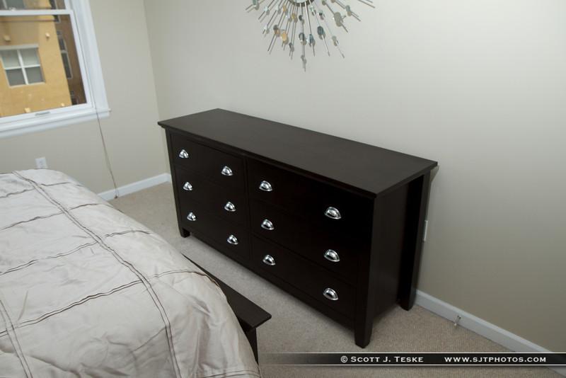 Long Dresser
