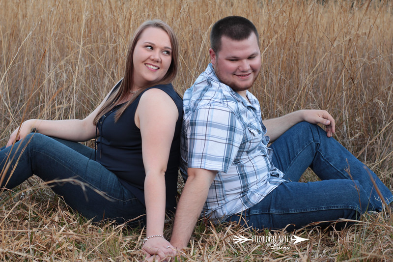 Rustic-Fall-Outdoor-Engagment-Shoot-Photography By Laina-2.jpg