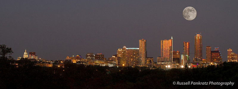 20120830 Full Moon Rising Over Austin.jpg