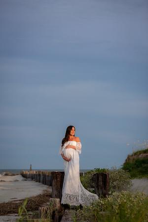 Sara Maternity Photos