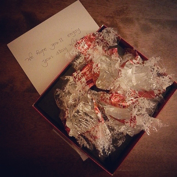Was_so_excited_Tonquin_Inn_welcomed_me_with_a_box_of_Lindor_chocolates._But_I_ate_them_all__maybe_it_s_a_sign_it_s_time_to_leave...__MyJasper.jpg