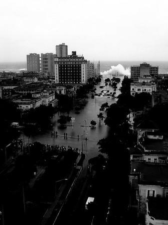 Hurricane (extra)