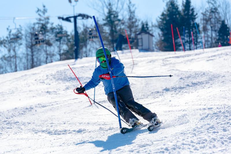 Standard-Race_2-3-18_Snow-Trails-73538.jpg