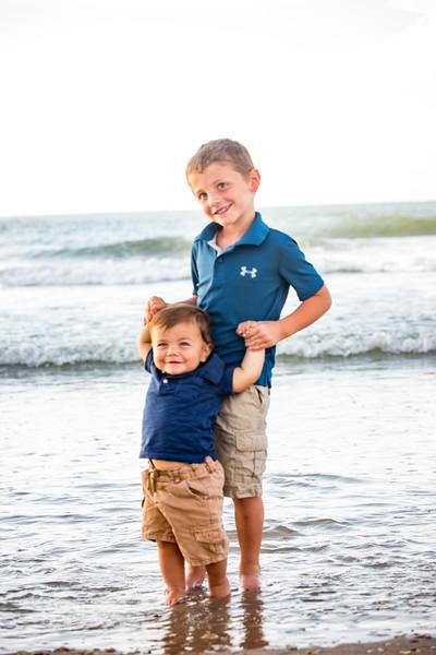 Family beach photos-138.jpg