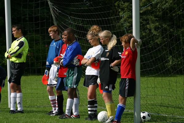 USA - United Soccer Academy - Fjerristler Denmark Traianing, July 11, 2002