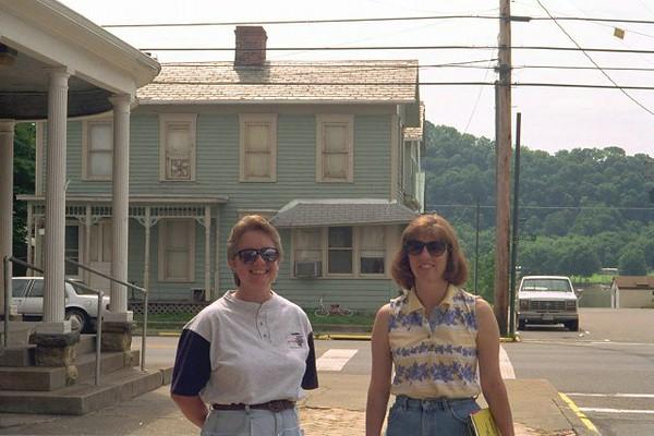 Sandy & Bonnie New Matamoras.jpg
